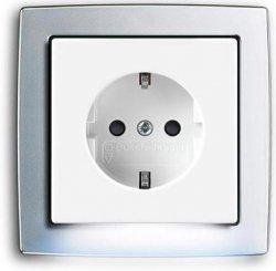"""Розетка ABB """"steplight"""".  Красивое и оригинальное решение задачи подсветки темных помещений."""