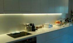 10 советов дизайнера по устройству освещения кухни при различном расположении светильников