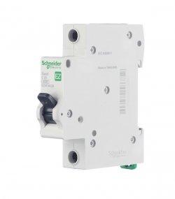 Время-токовые характеристики у автоматических выключателей Easy 9 от Schneider Electric